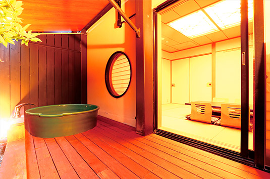10畳和室:露天風呂